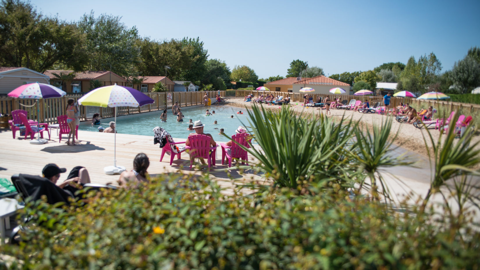 Photo du lagon camping le Petit Paris pour vos vacances d'été en famille ou entre amis en Vendée