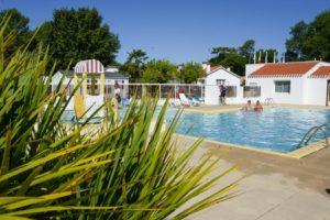 camping piscine vendée 85